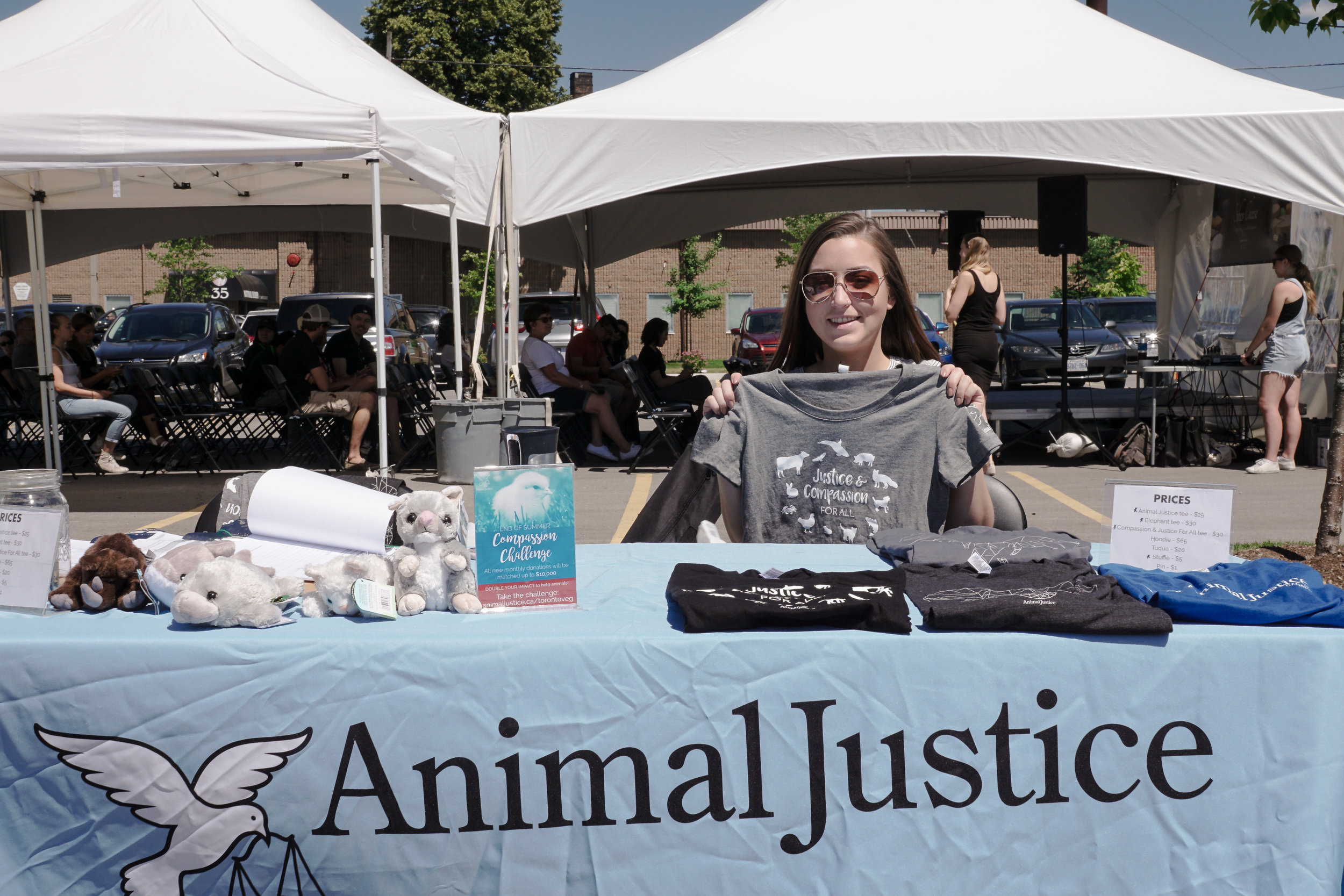 Animal Justice .  Photo by:    Two Market Girls.