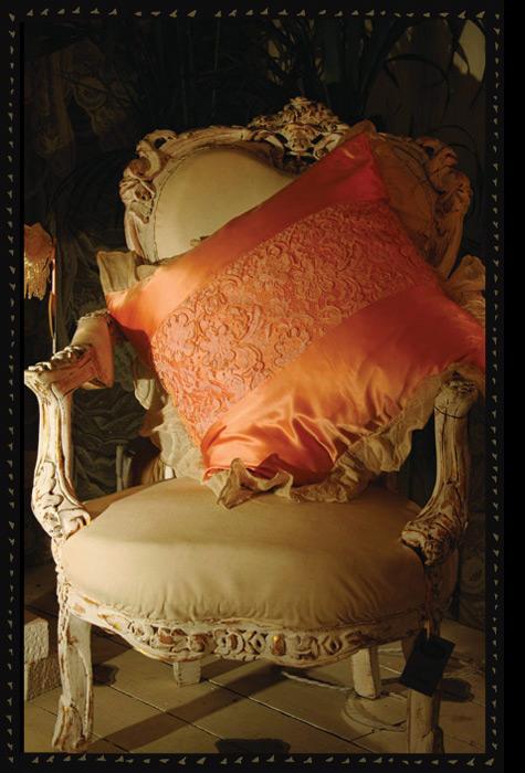 Laced cushion