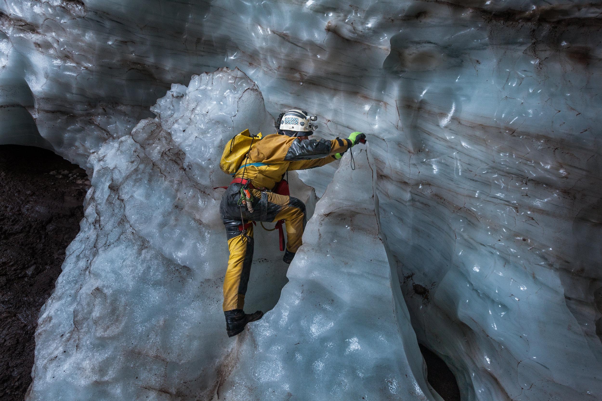 Surveyingthe glacier-4565.jpg