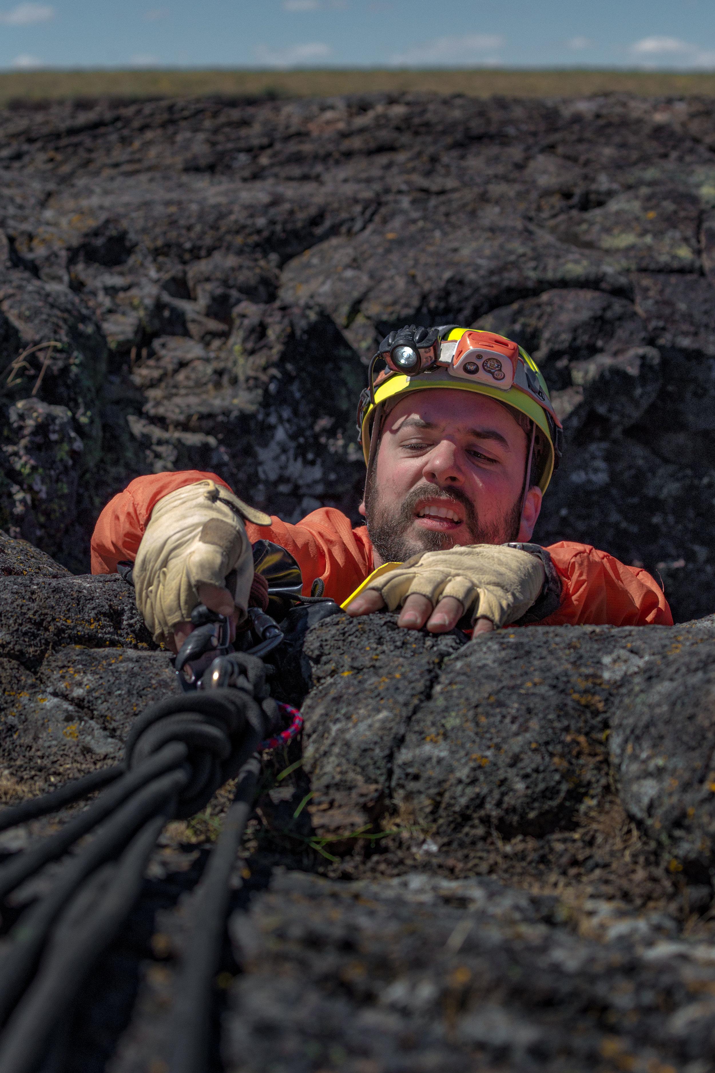 climbing_out_MG_8456-1.jpg
