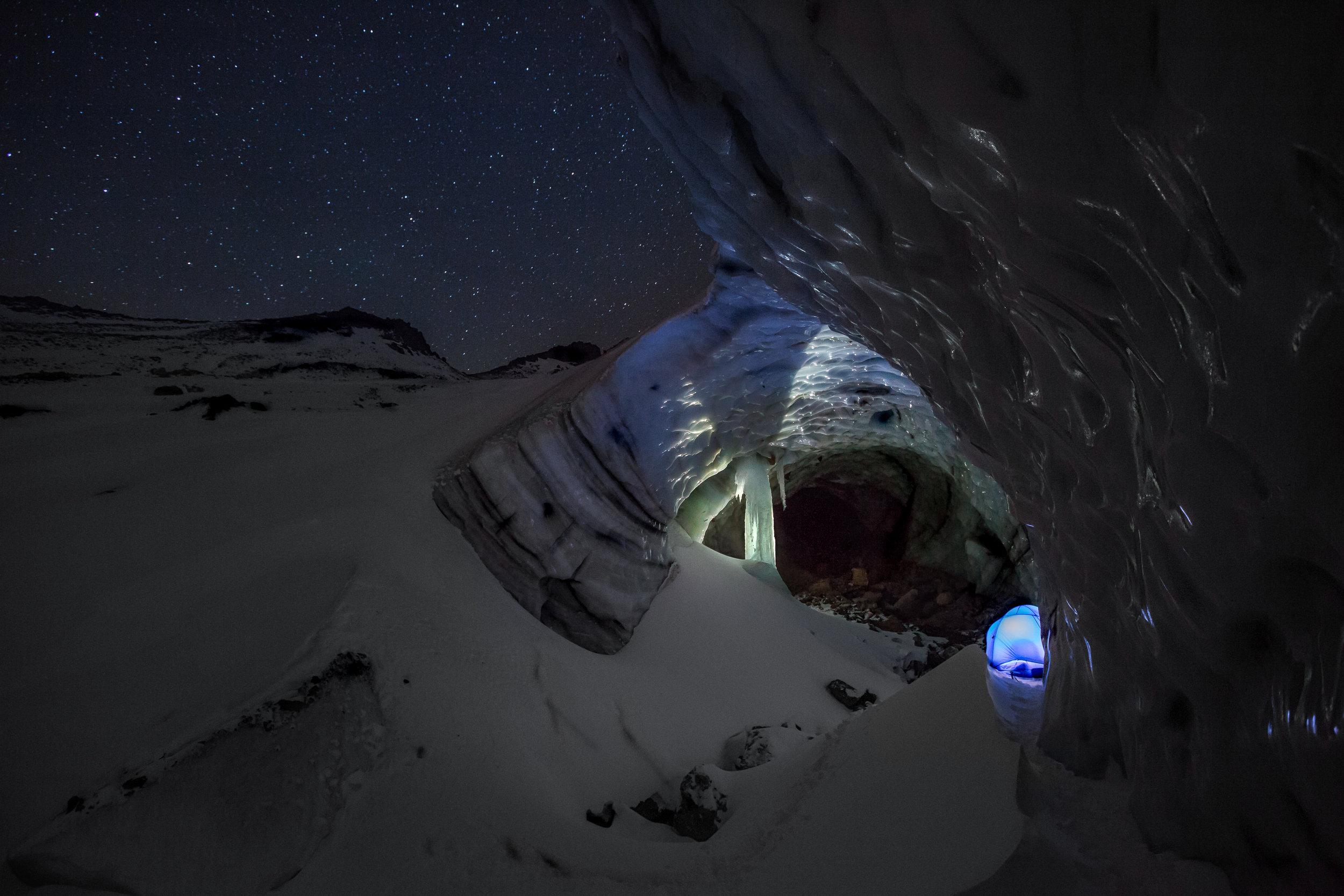 SG_6 snowdragon exterior glow tent-1.jpg