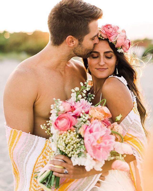 These two modeled for us on their 2 year wedding anniversary and made all my photographer dreams come true! 💫🌸 . I'm f r e a k i n g obsessed @findinglightphotography thank you again for the best day ! 🙏