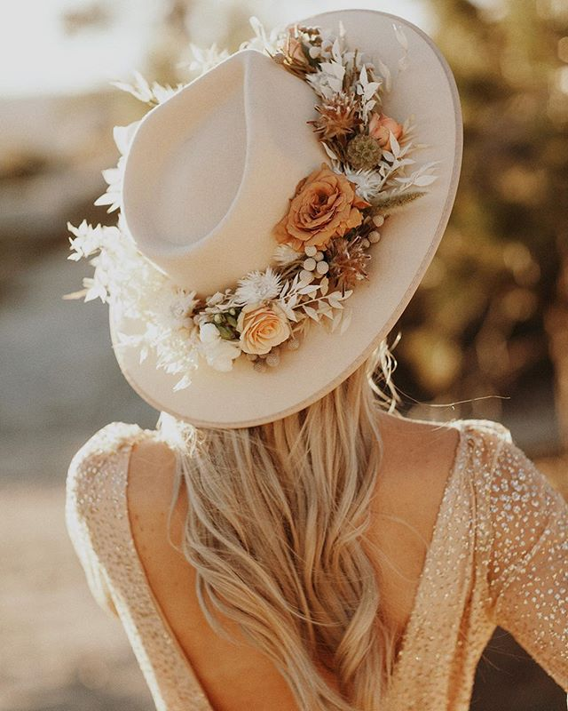 1 more day...✨💫🌙 . . . . WEDDING DREAM TEAM: Photo: @jordanvoth  Florals: @maeandco_creative  Hair: @bridalbuns  Makeup: @makeupbyamandamarie  Videographer: @goodcostudios . OUTFIT: Hat: @lackofcoloraus  Dress: @whitefoxboutique . MY GLAM SQUAD: Hair: @antoniathehairstylist  Brows: @kellylynnparnos  Nails: @theblushnailbar  Tan: @amandasairbrushtanning