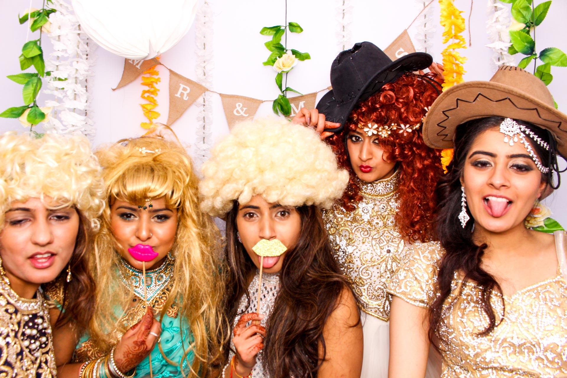 www.fotoauto.co photo booth hire-141.jpg