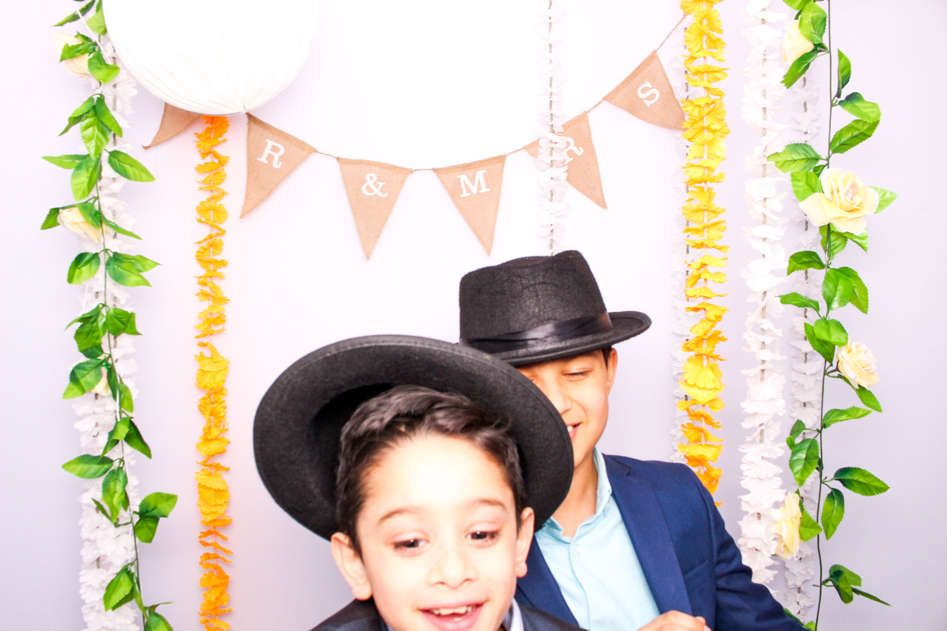 www.fotoauto.co photo booth hire-201.jpg
