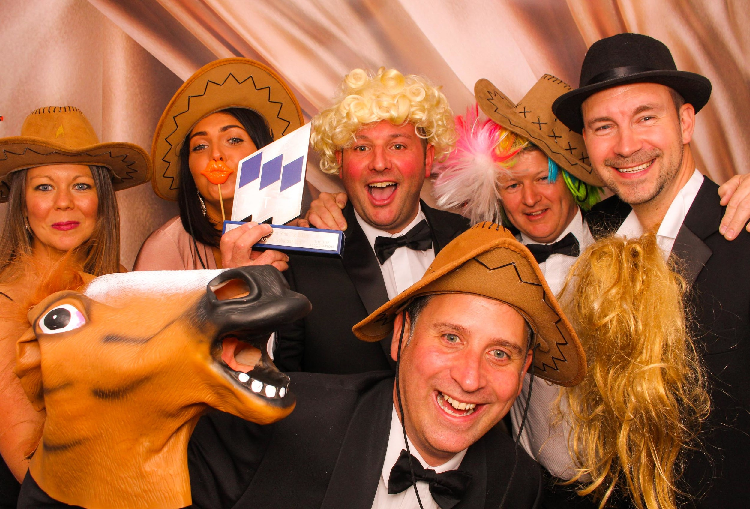 www.fotoauto.co photo booth hire-137.jpg