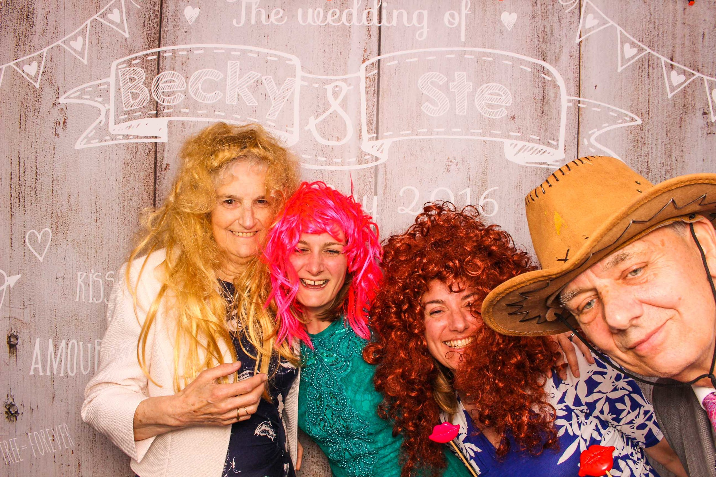 www.fotoauto.co photo booth hire-130.jpg