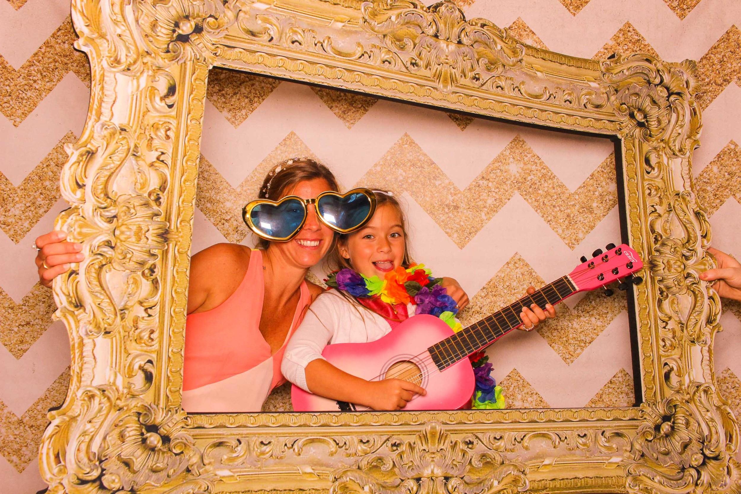 www.fotoauto.co photo booth hire rental-20.jpg