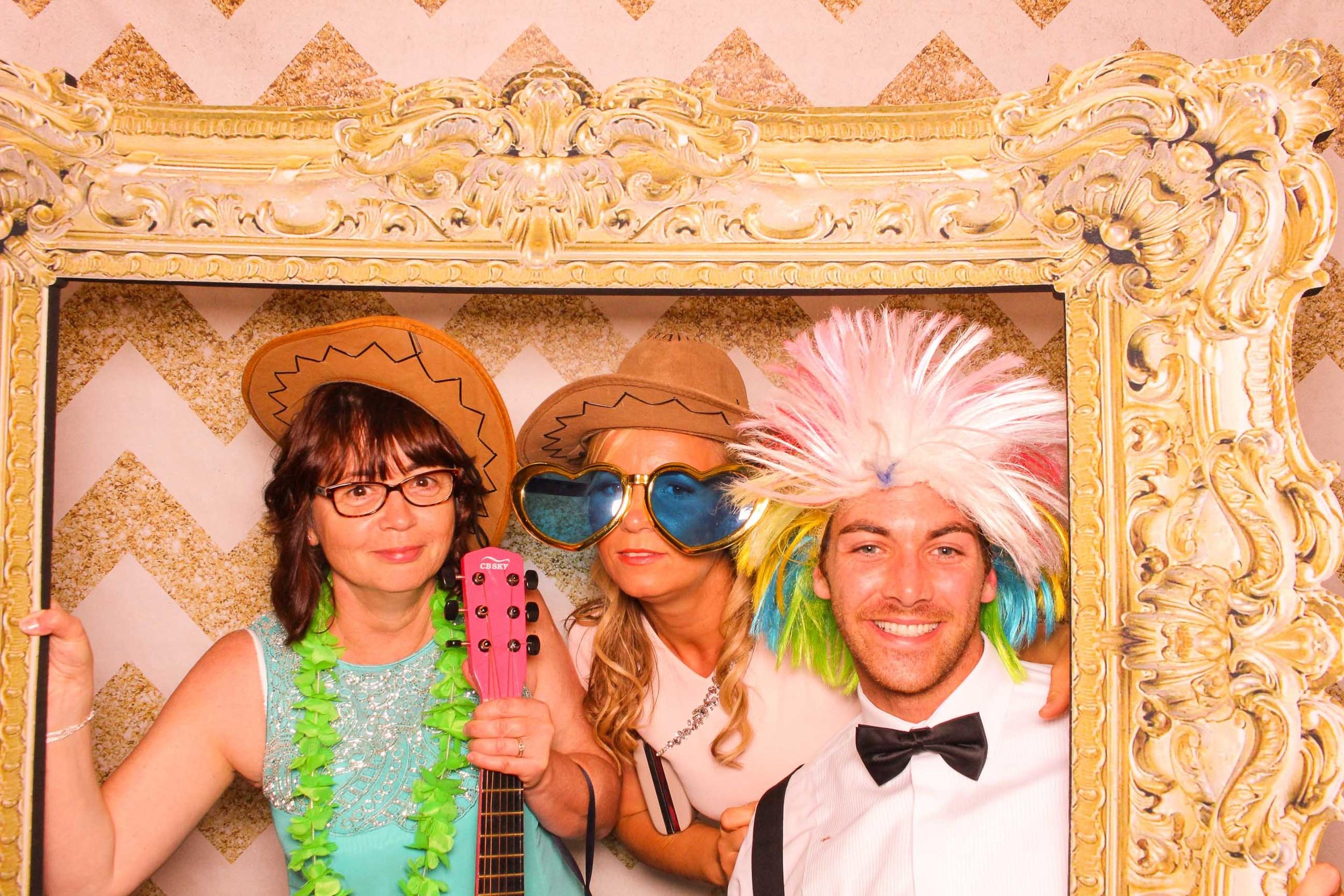 www.fotoauto.co photo booth hire rental-29.jpg