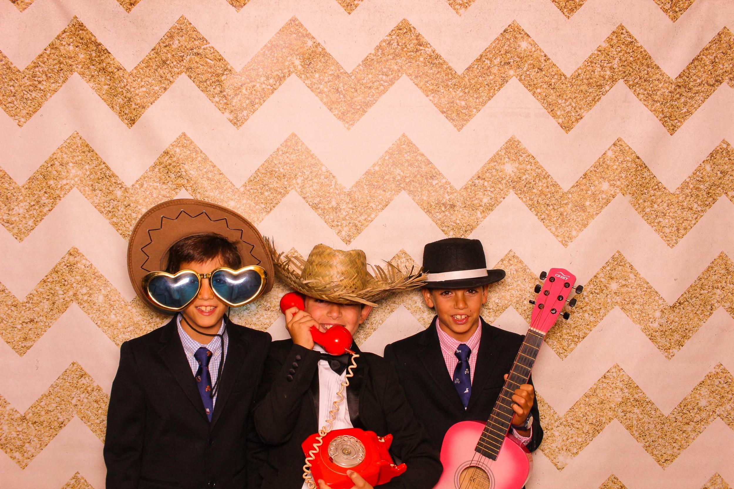 www.fotoauto.co photo booth hire rental-93.jpg