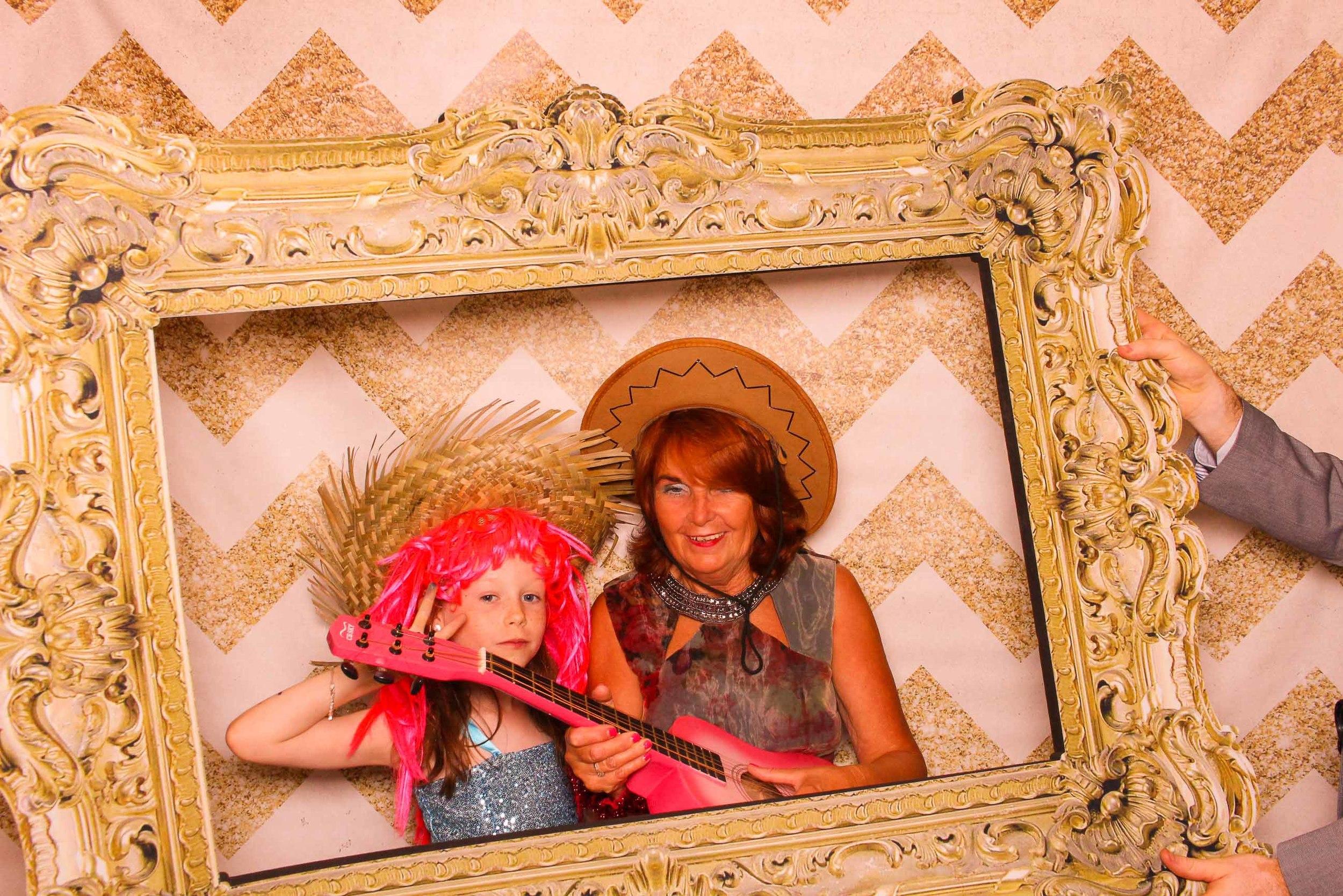 www.fotoauto.co photo booth hire rental-183.jpg