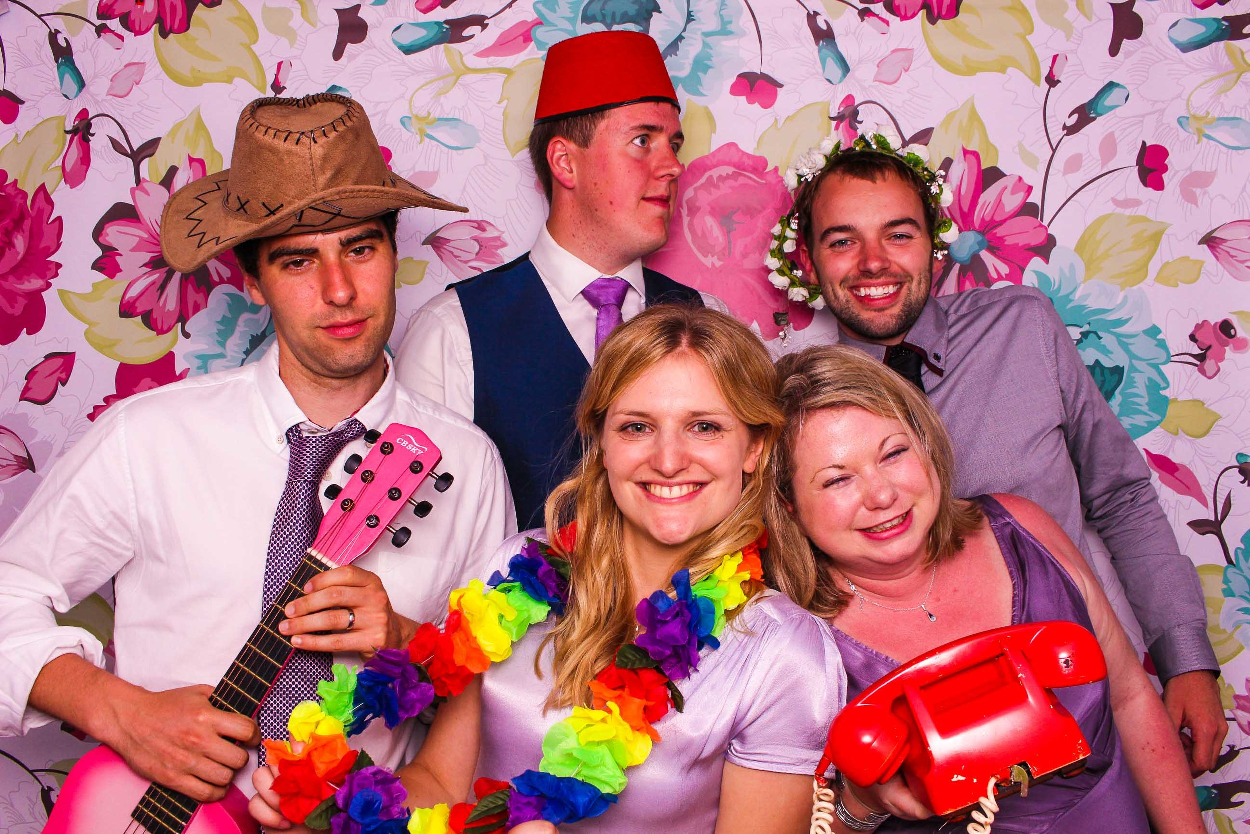 www.fotoauto.co photo booth hire-2.jpg