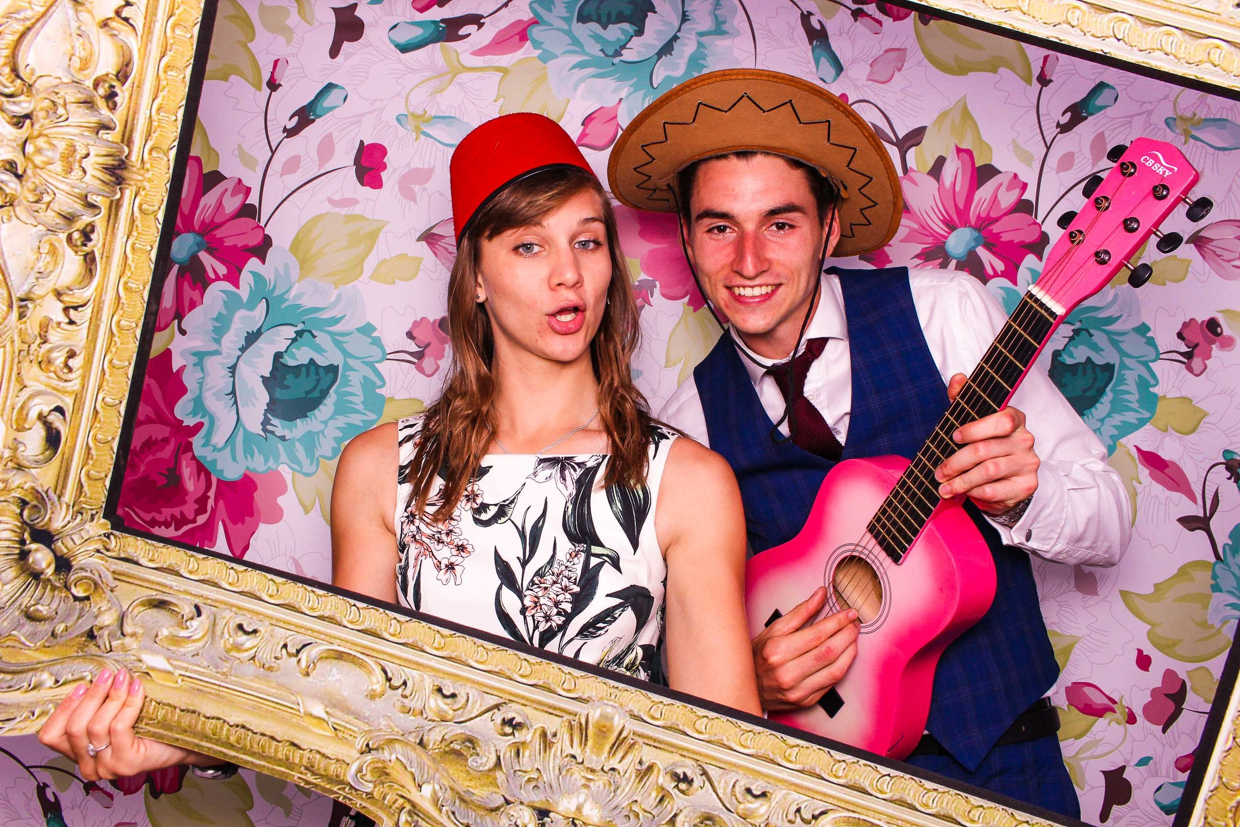 www.fotoauto.co photo booth hire-5.jpg