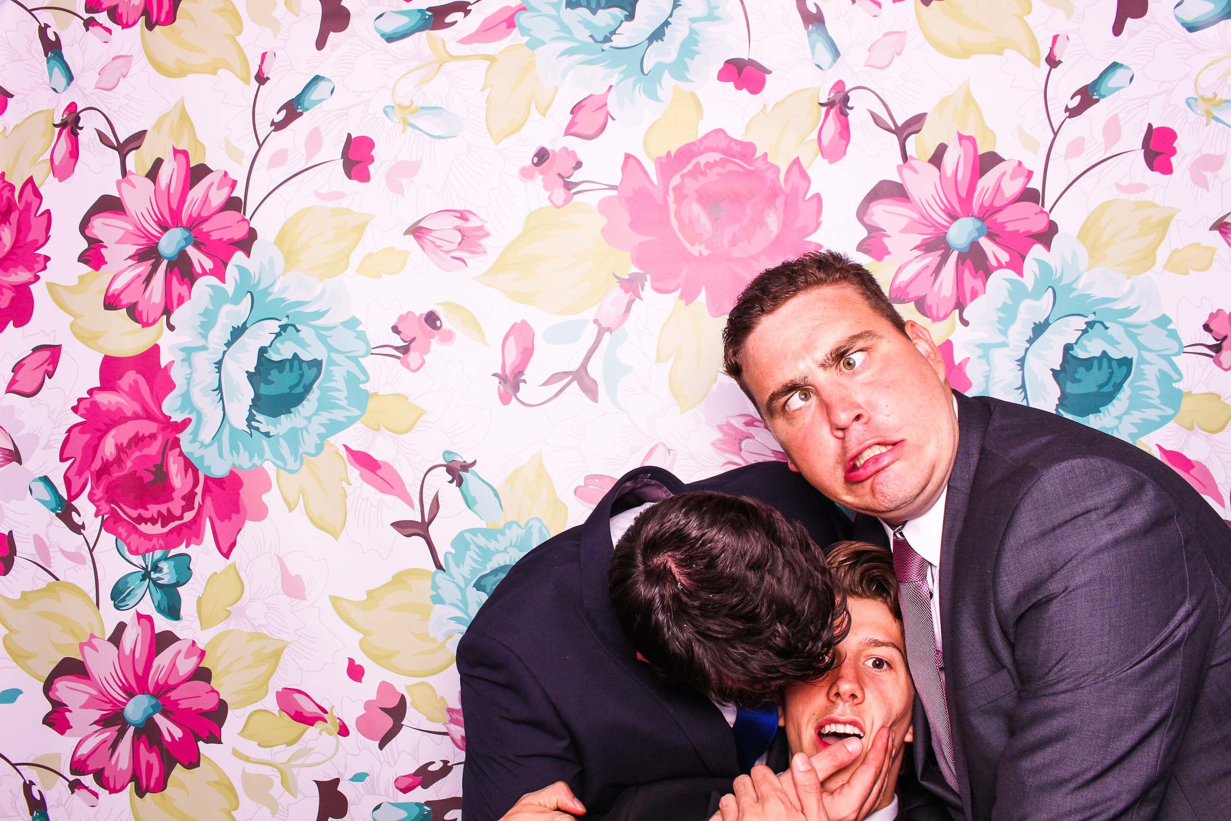 www.fotoauto.co photo booth hire-140.jpg