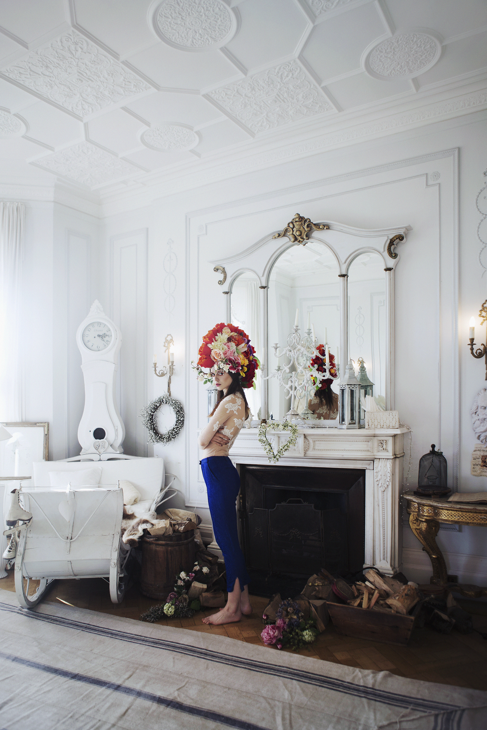 Top:  Rinaree  , Trousers: Topshop, Headpiece:  Beksies Boutique Couture  , Necklace: Stylists own