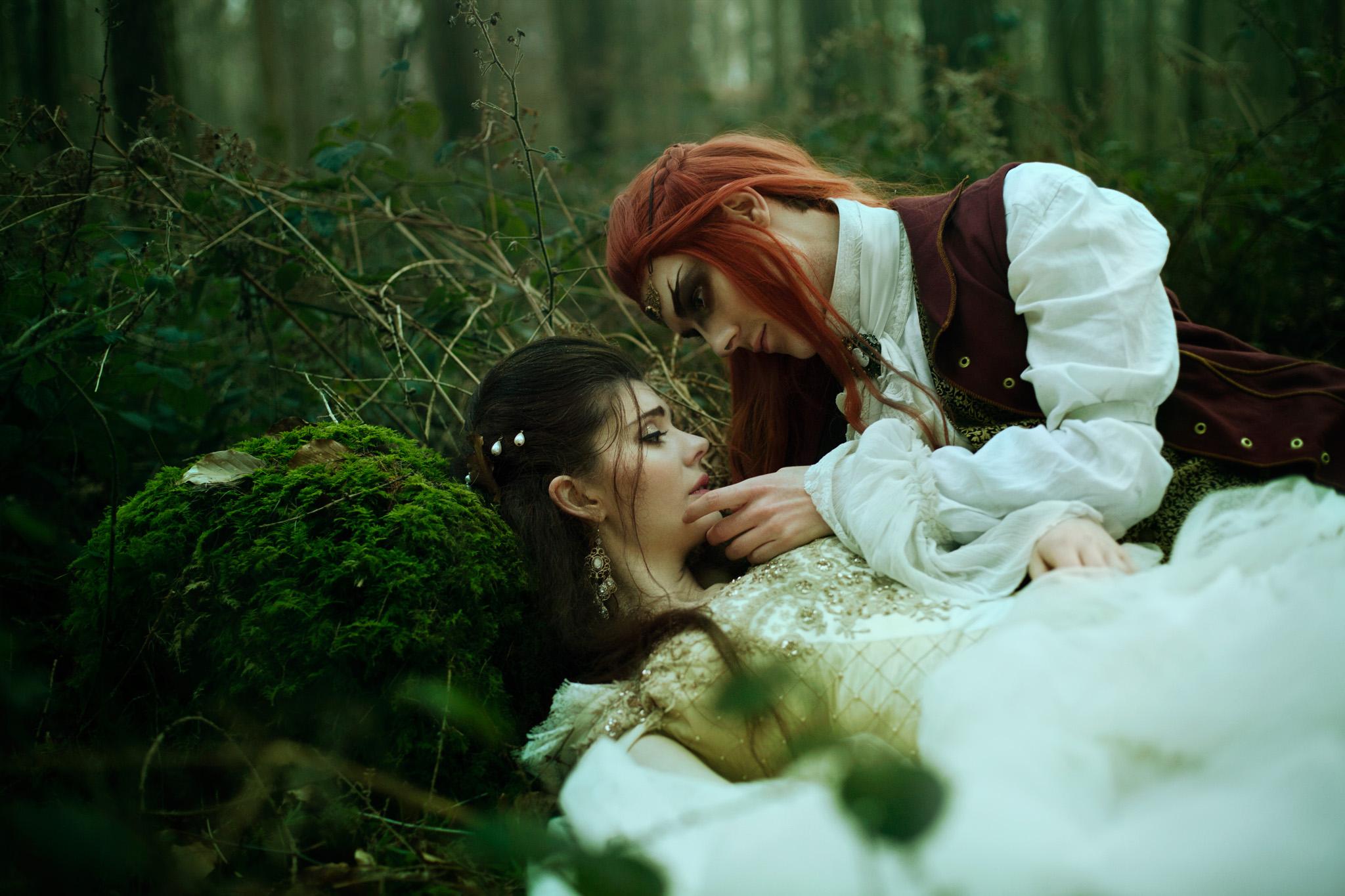 bella-kotak-fairytale-fairytales-labyrinth-david-bowie-sarah-beauty-beast-magic-magical-faerie-magazine-editorial-firefly-path-twilight-woods-lantern-ethereal-fairy-disney-ian-hencher-8s.jpg
