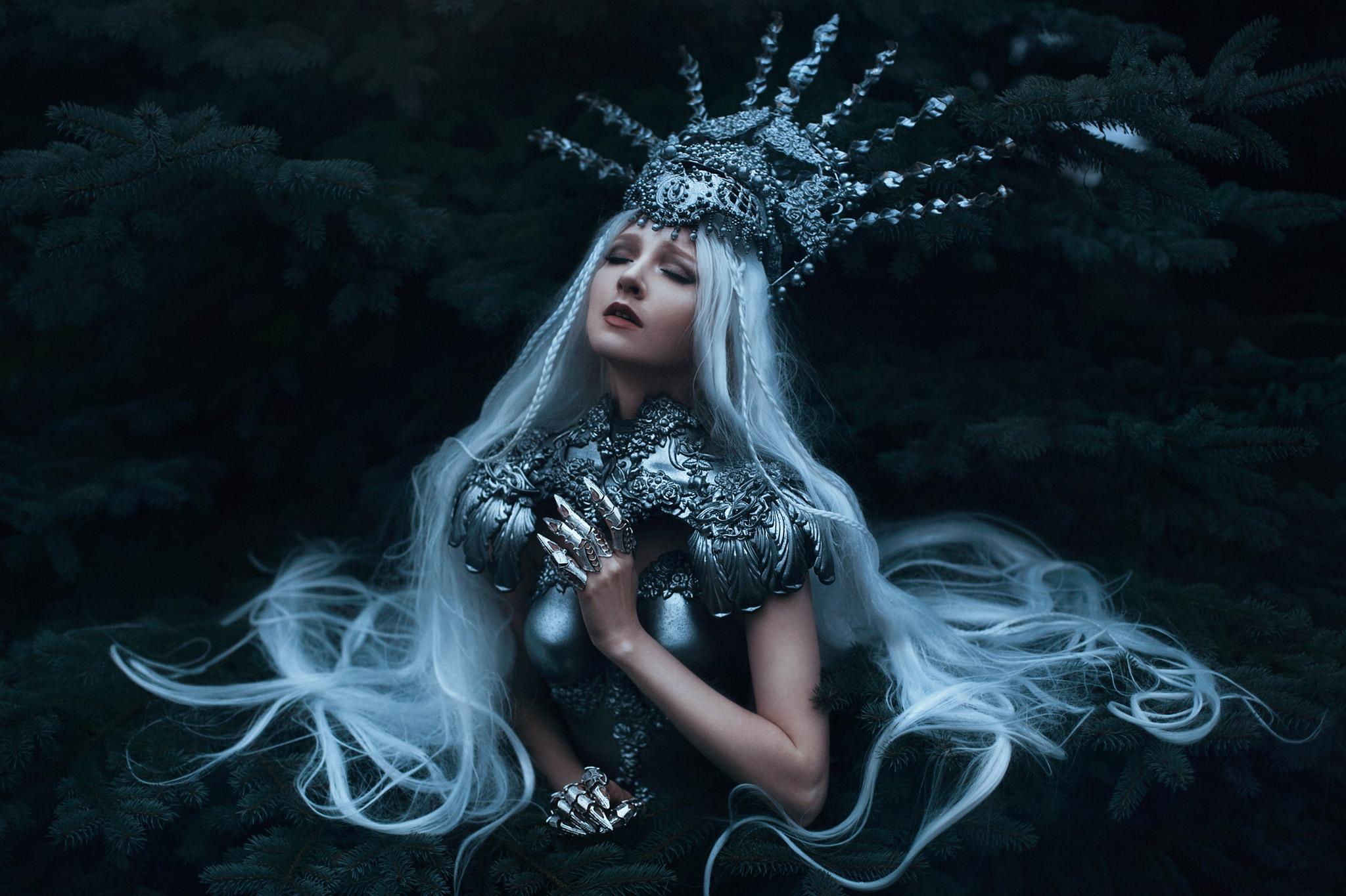 bella_kotak_maria_amanda_agnieszka_osipa_fairytale_fantasy_artist_photography_portrait_oxford_photographer_london_dark_magic_enchanted_worlds_fern-1.jpg