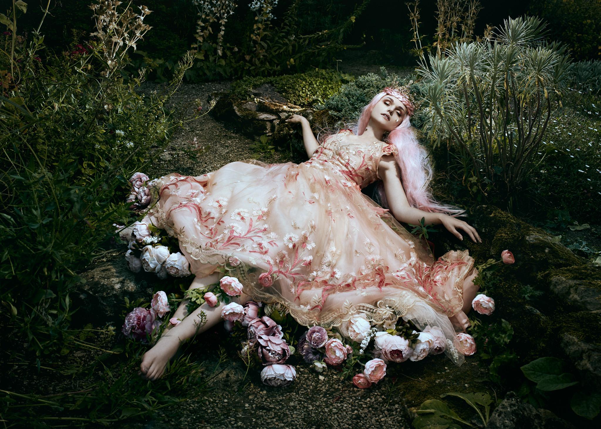 Bella_Kotak_Profoto_Canon_Fairytale_Fantasy_Photography_Portrait_Portraiture_Flowers_FLoral_Queen_Princess_Disney_Fashion_Editorial_A1_Lighting_Pink_Hair_Magical_Ethereal_Solstice_Retouch_2.jpg