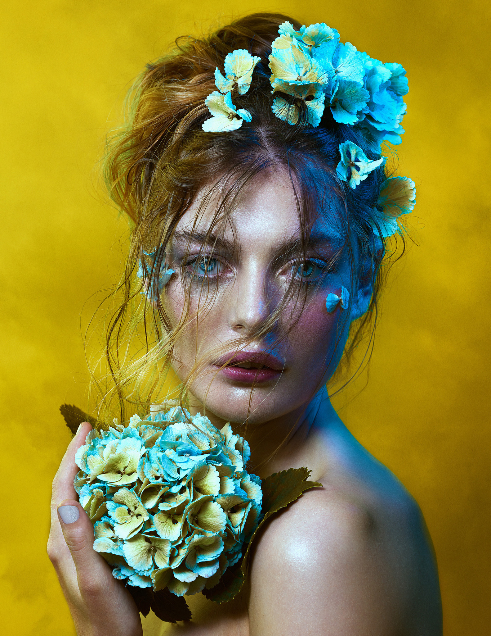 bella-kotak-phase-one-phaseone-profoto-lucysmagazine-profoto-solstice-retouch-beauty-editorial-fashion-mac-cosmetics-glitter-eyes-flower-hydrangea-2