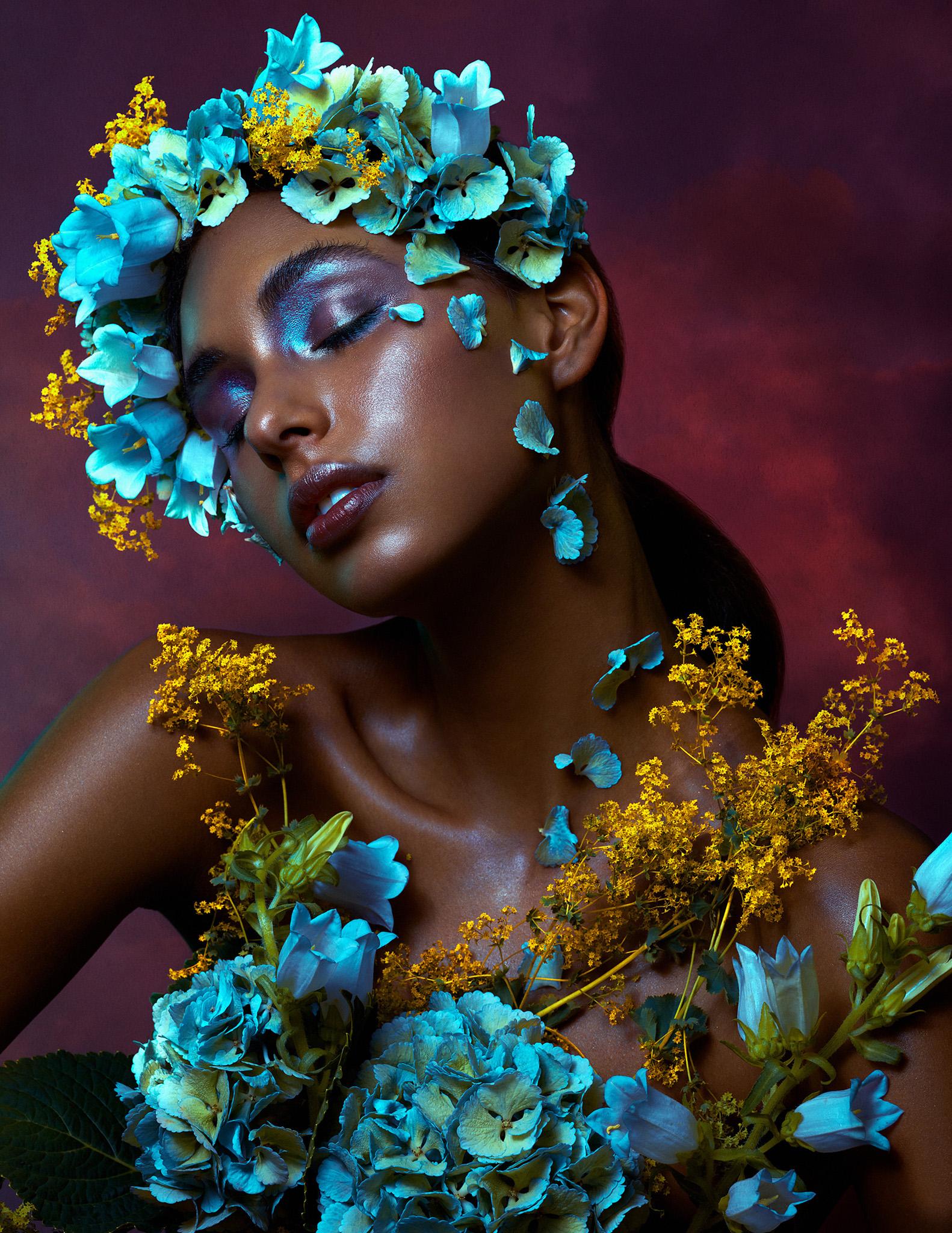 bella-kotak-phase-one-phaseone-profoto-lucysmagazine-profoto-solstice-retouch-beauty-editorial-fashion-mac-cosmetics-glitter-eyes-flower-hydrangea-4