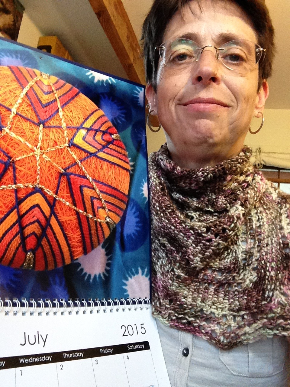 Linen and Lace shawl , sportweight version.  Free pattern . 2015 Yarndance calendar; look for a new one for 2016, coming this fall.