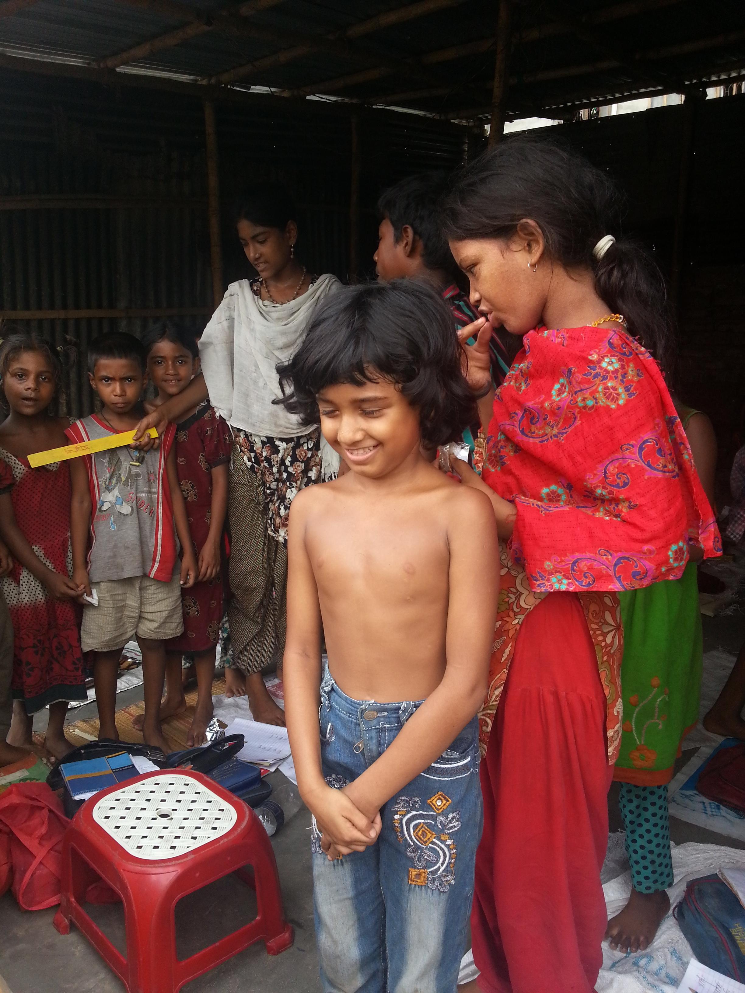 children school dhaka slum.jpg