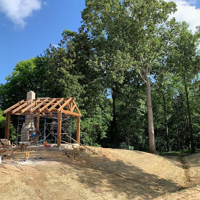 Blue skies...🎼🎶🎵 Timber framing and masonry are underway, along with grading and prep for the ravine at the Highland Residence.  More to come including a 2-level prayer garden, a custom iron bridge, and about 30,000 native plants! 💥 💥 💥  #elslastudio #landscapearchitecture #residentialdesign #customhomes
