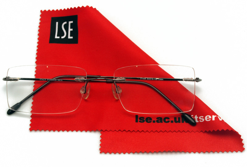 Lens cloths for IT students