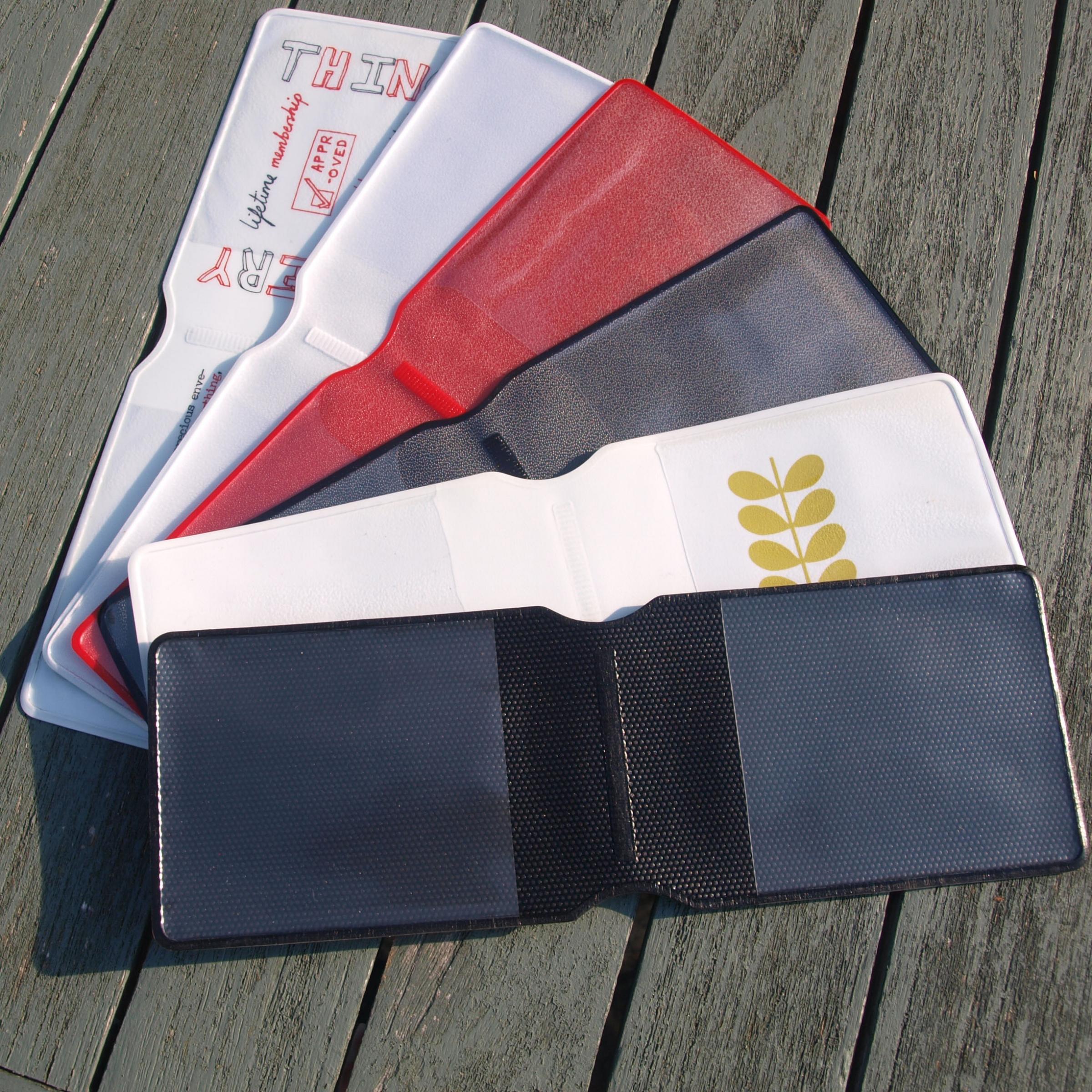 Wallets with an internal (aka 'pinseal') lining