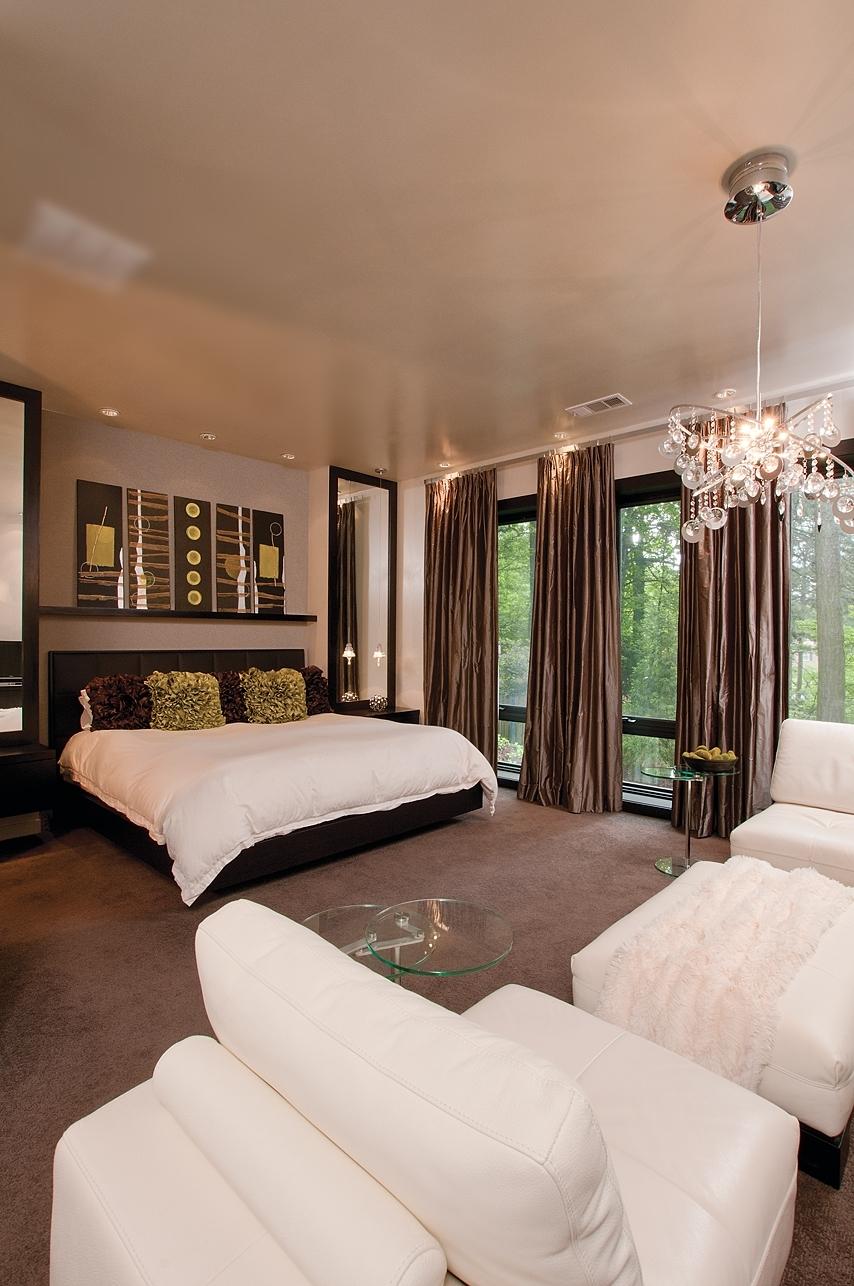 modern bedroom suite.jpg