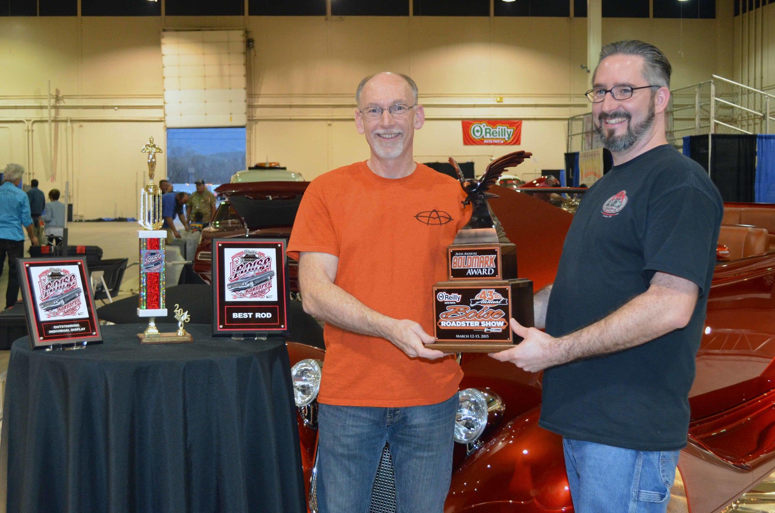 Award Greg Aaron web.jpg