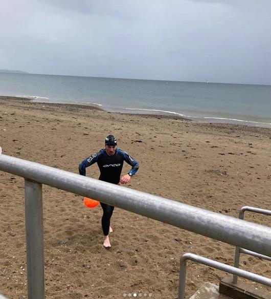 niall swim training.png