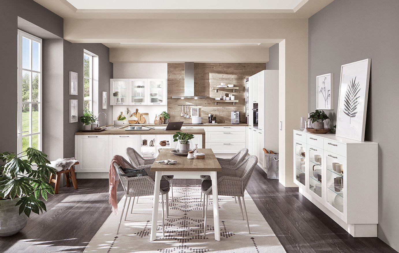 CLASSIC - The mix of modern function with traditional styling allows a classic kitchen from the Evoke Core Collection to impress with a unique charm and timeless look.