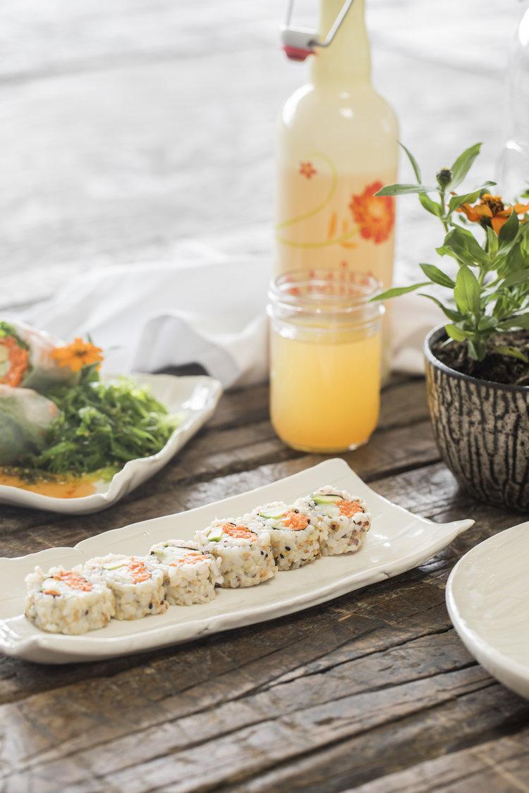 stria-collection-gina-desantis-ceramics-sushi2.jpg