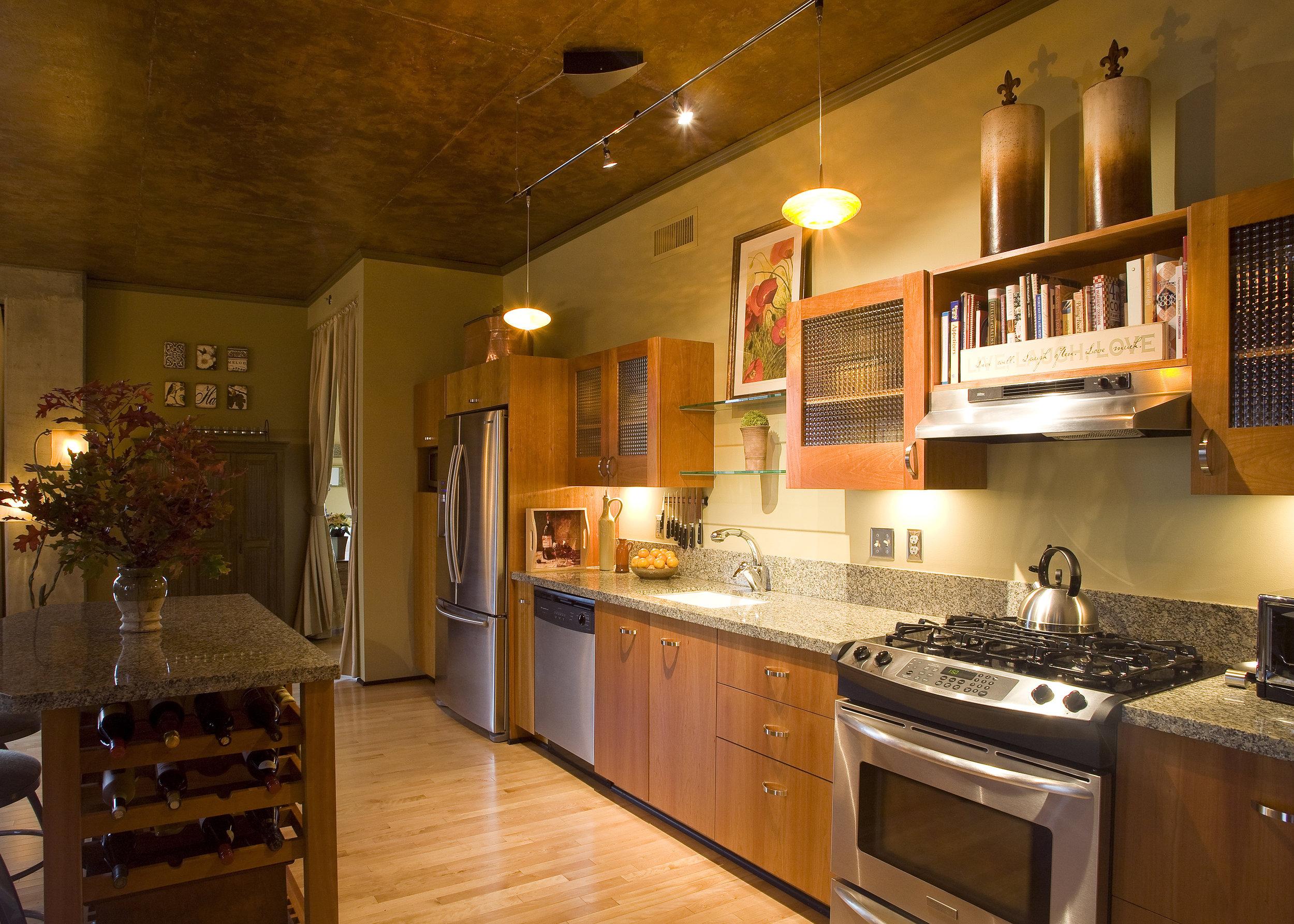 kitchen_crop.jpg