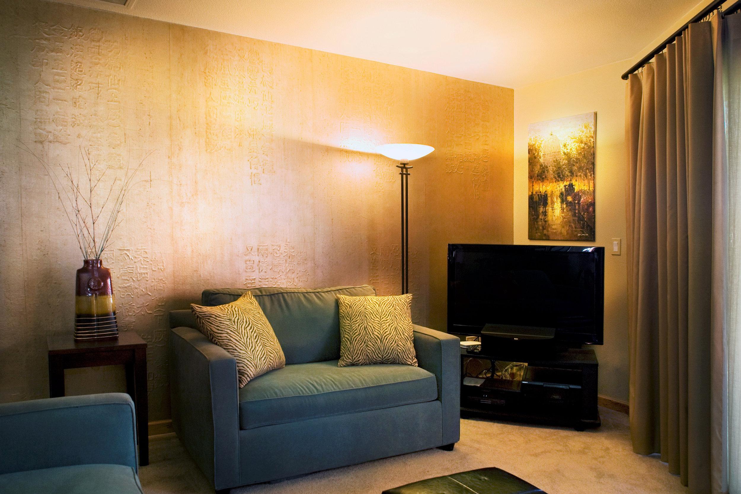 livingroom_high (2).jpg