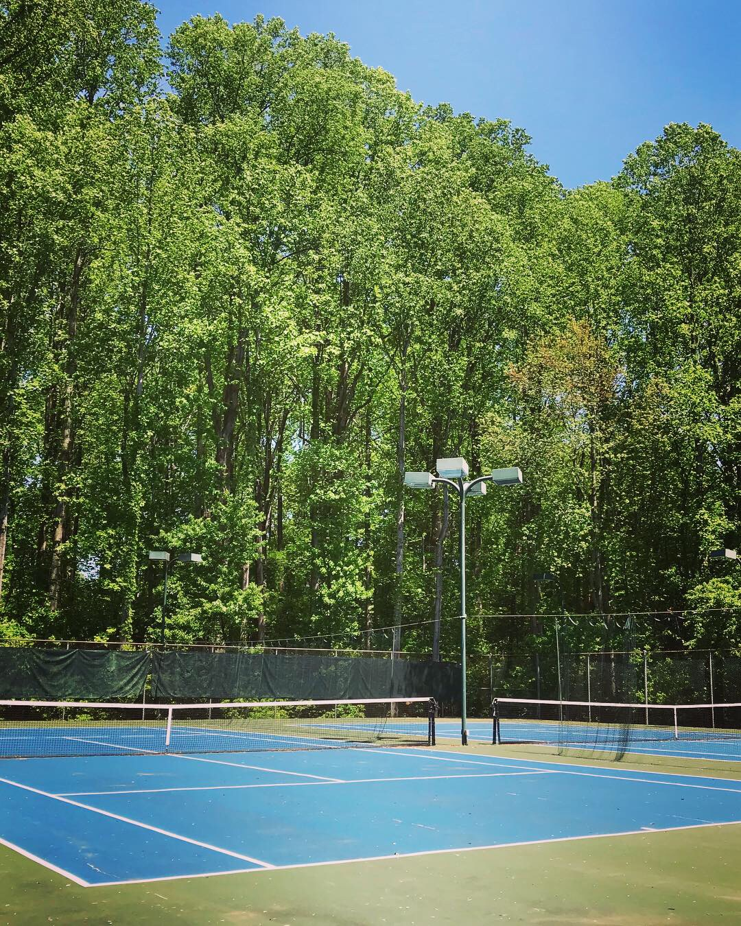 4 NVTL Tennis Courts in Northern Virginia with lighting
