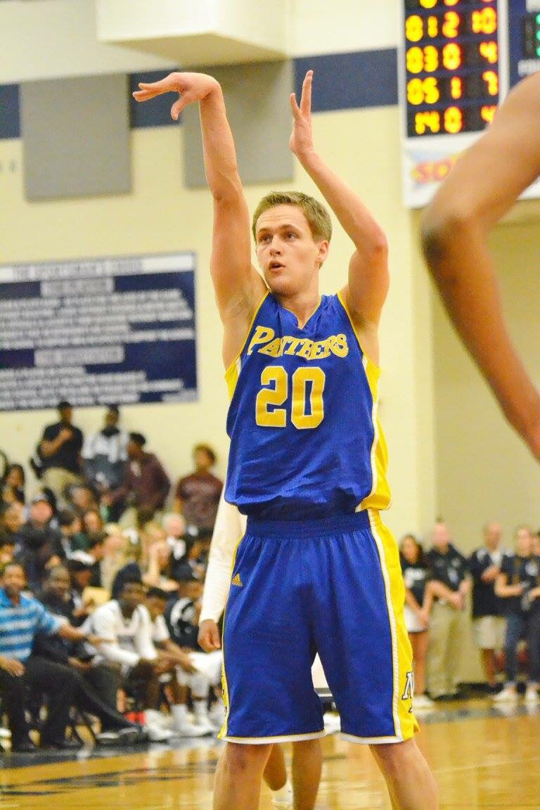 (Photo by Beverly White) Levi Porter with a free throw against Paris earlier in the season.