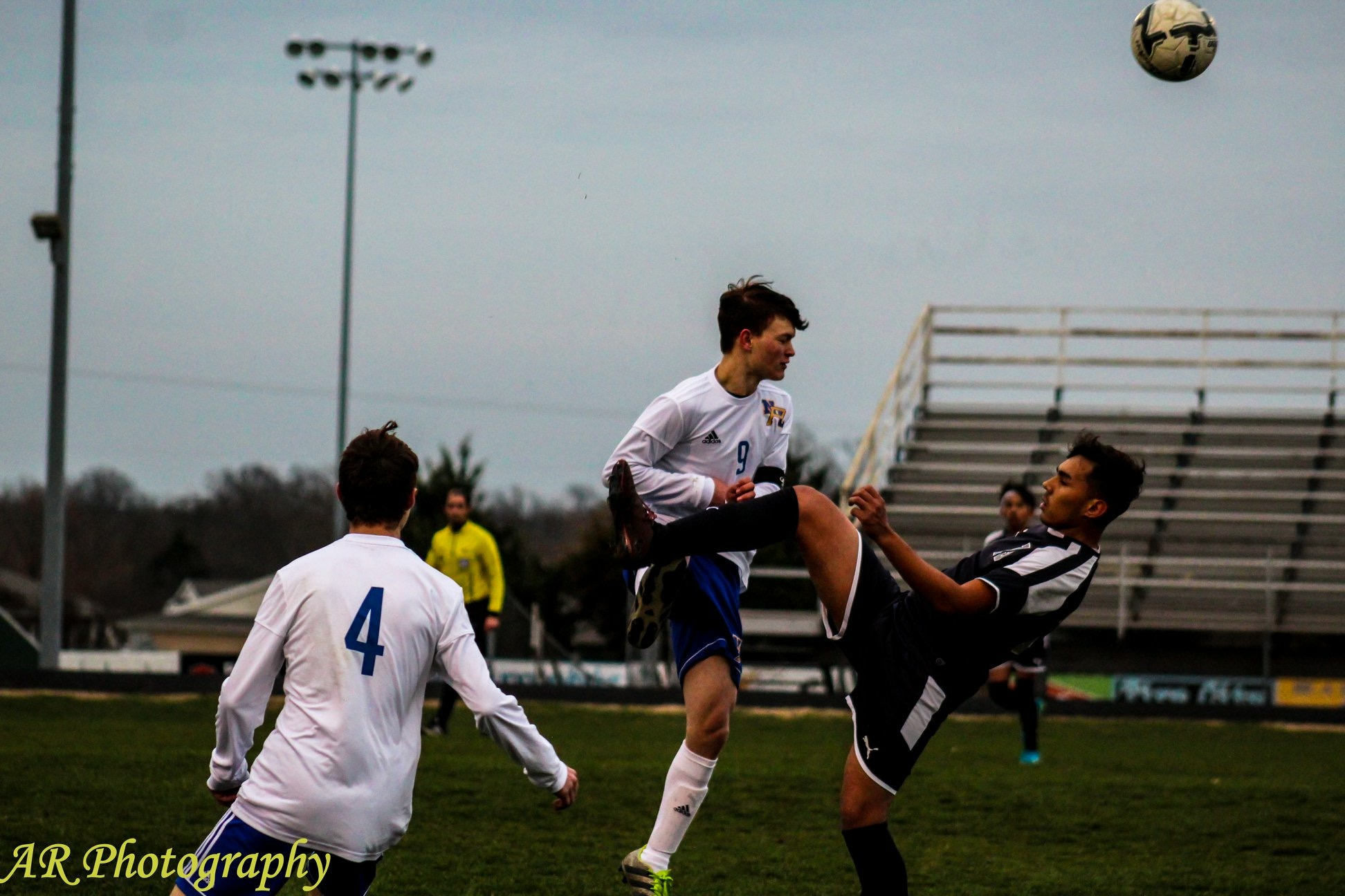 Matthew Meredith with a header while fending off a judo attack 😀