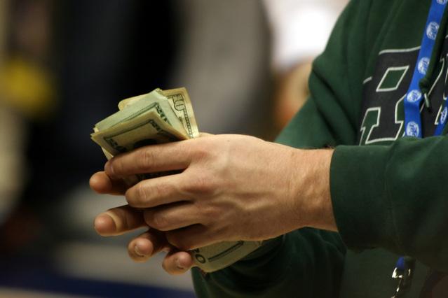 big-money-1241060-639x426.jpg