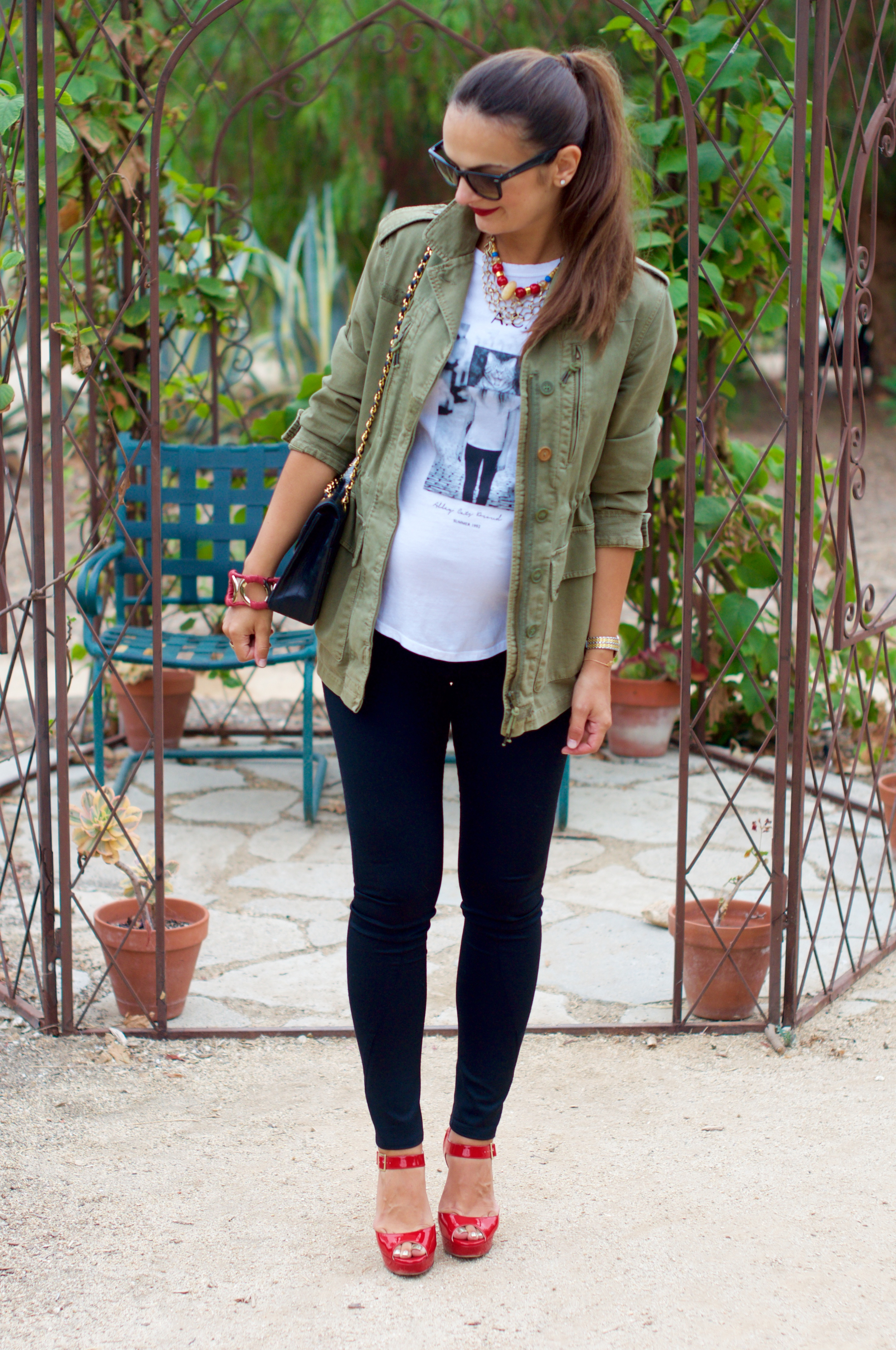 How To Wear Your Regular Clothes While Pregnant