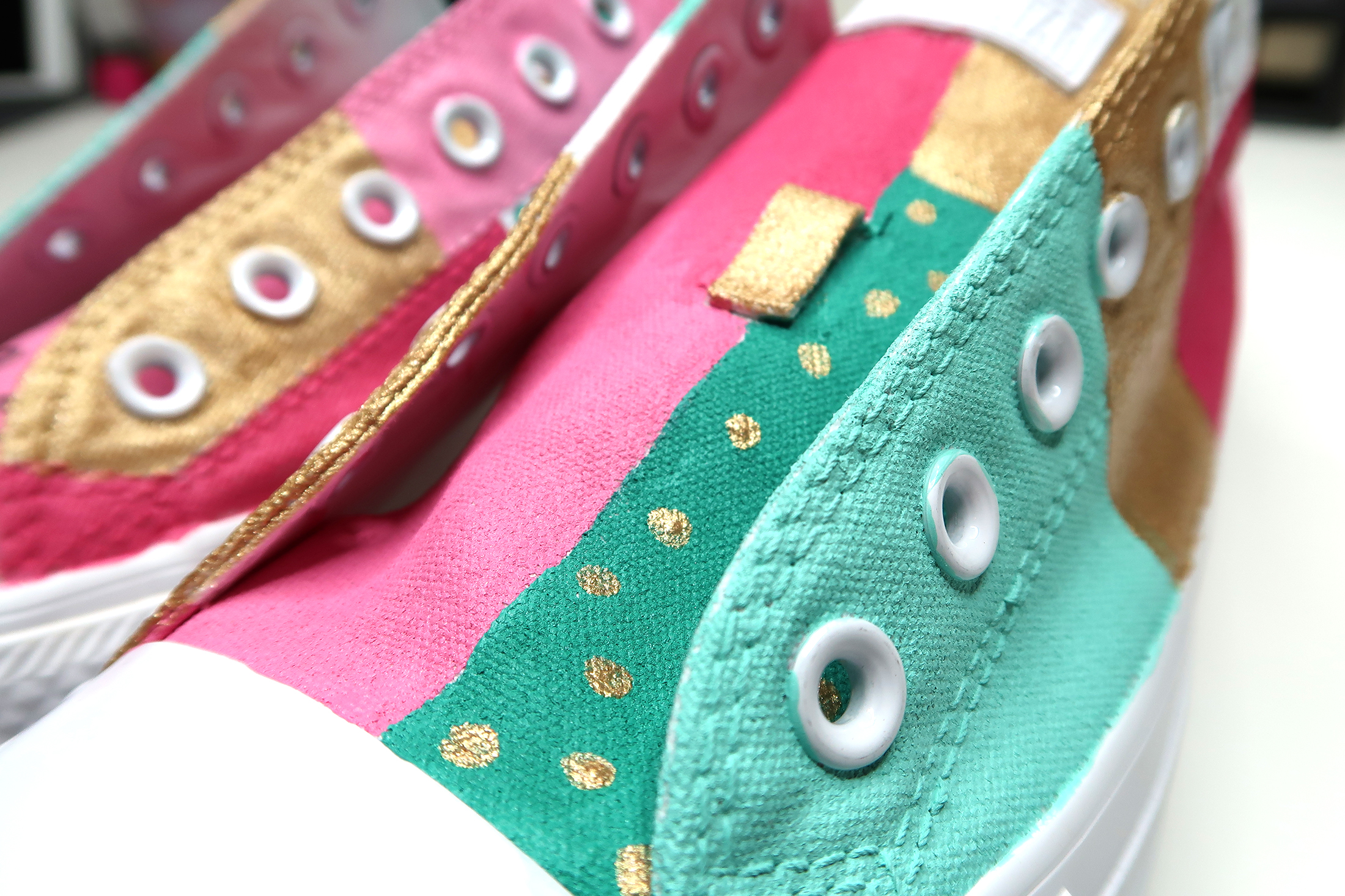 Painted-Converse-Close-Up-2.jpg