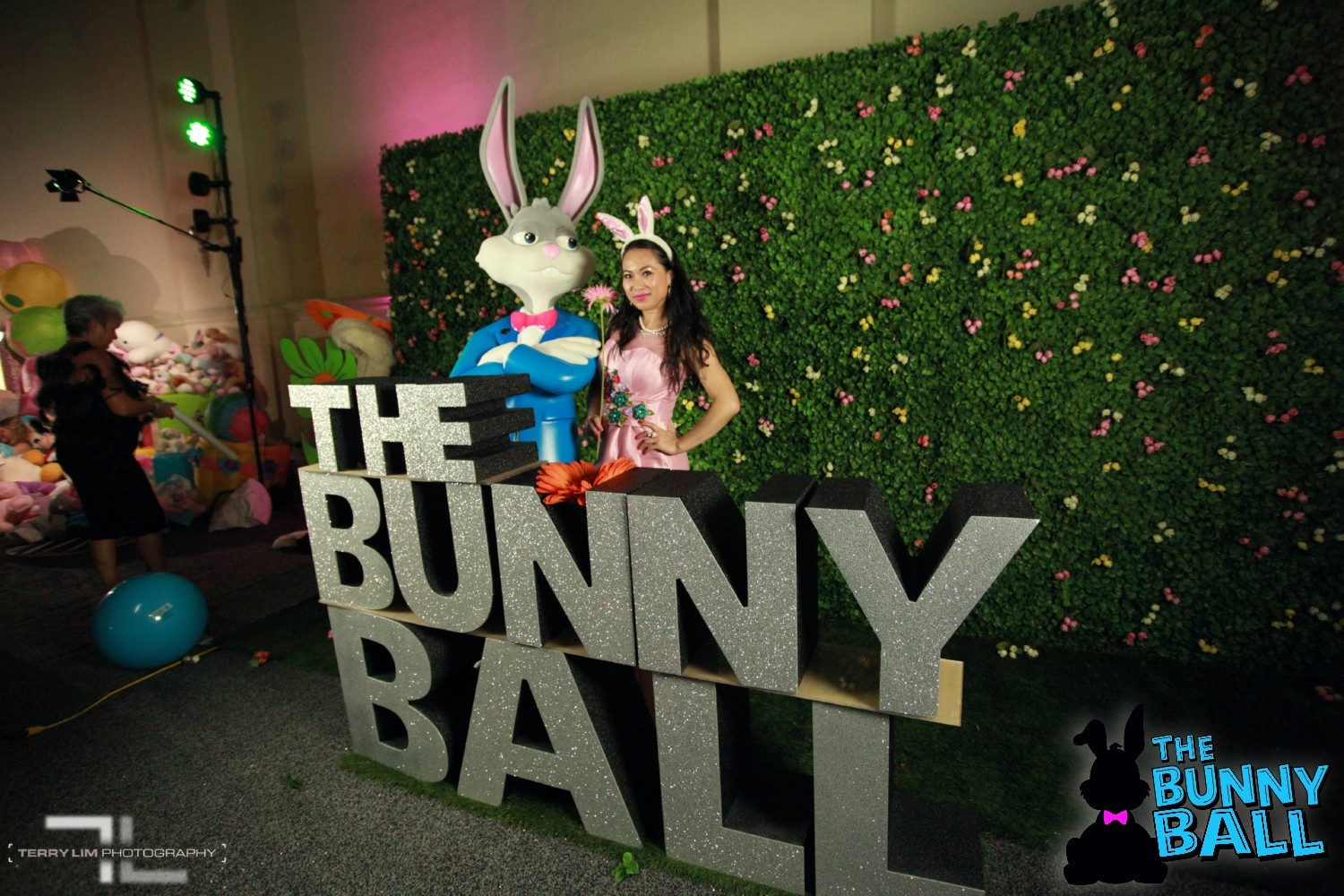 Bunny-Ball-2018-Terry-Lim- 250.jpg