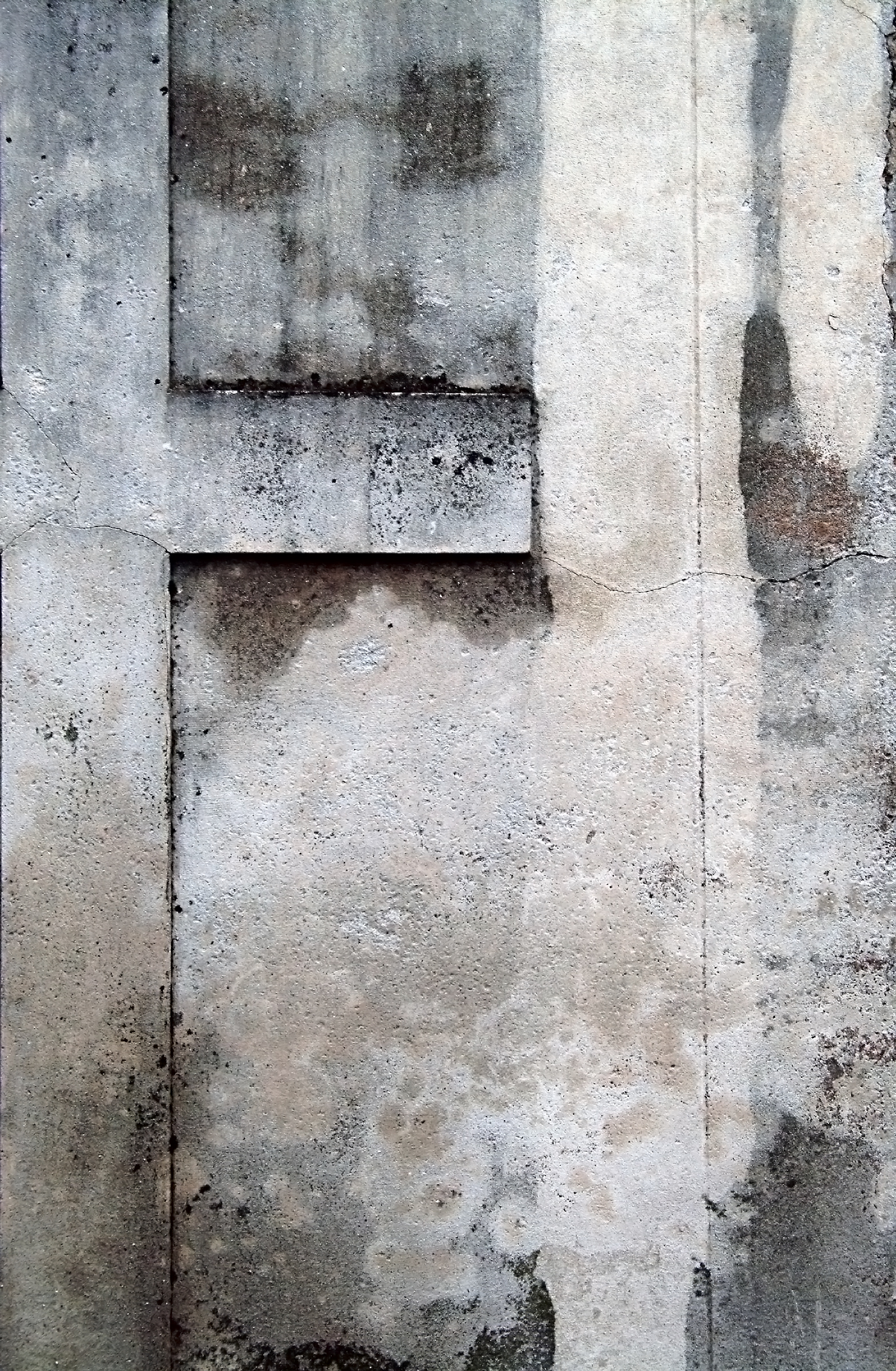 19 erosion and stains on wall.jpg