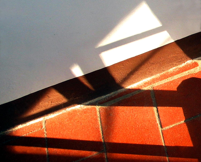 x Loop 9, image 5 Print for bedroom shadow towel rack Valdo 03.jpg