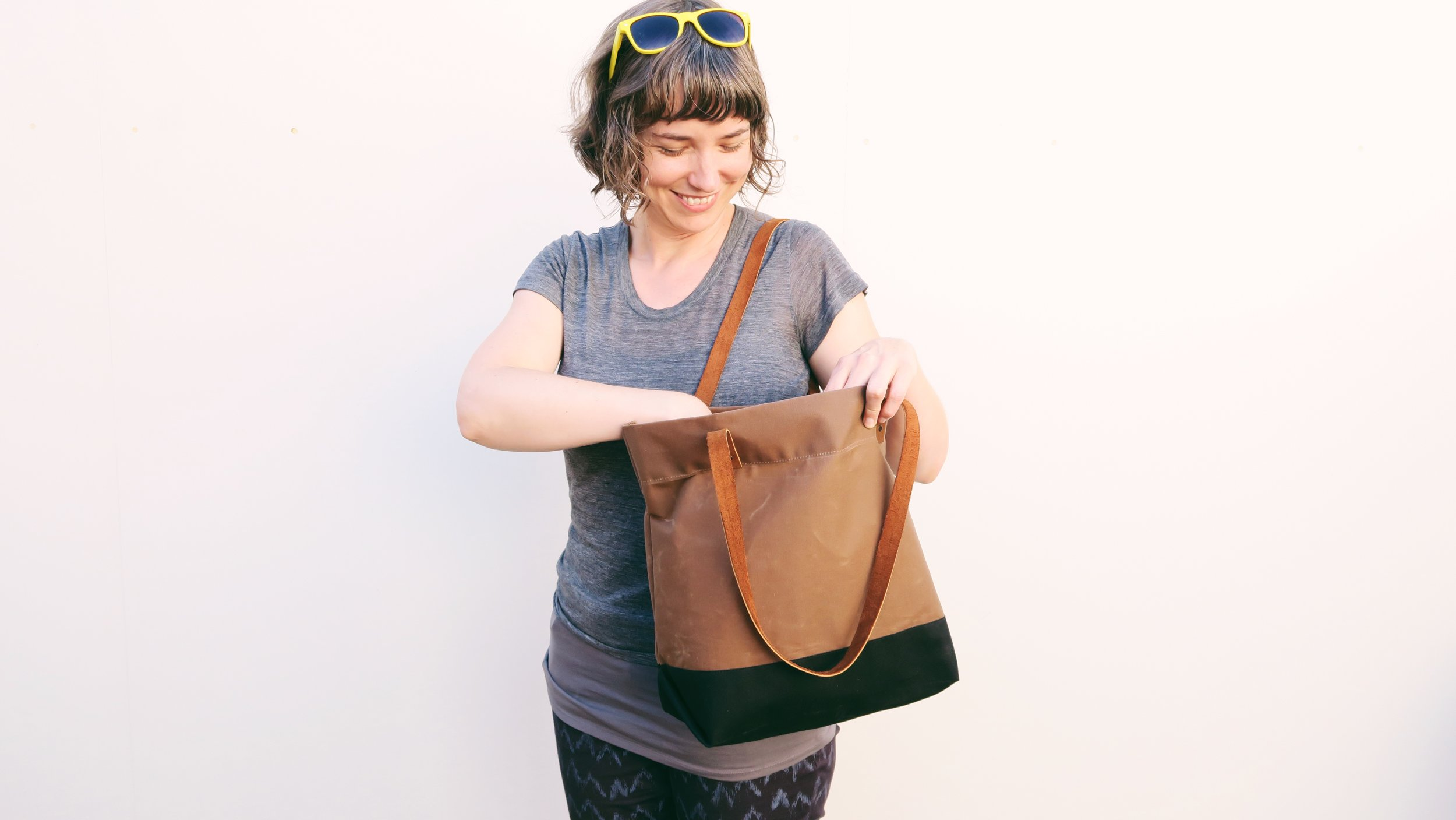 waxed-canvas-tote-bag-leather-handles-workshop