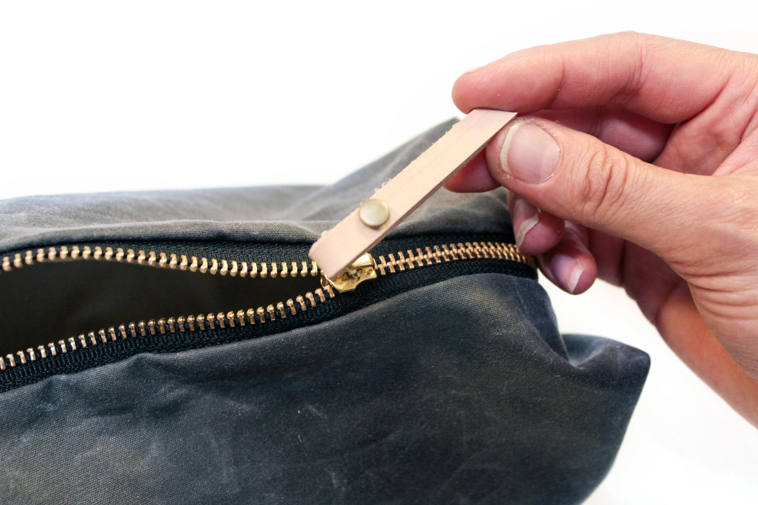 install-zipper-pull-3.jpg