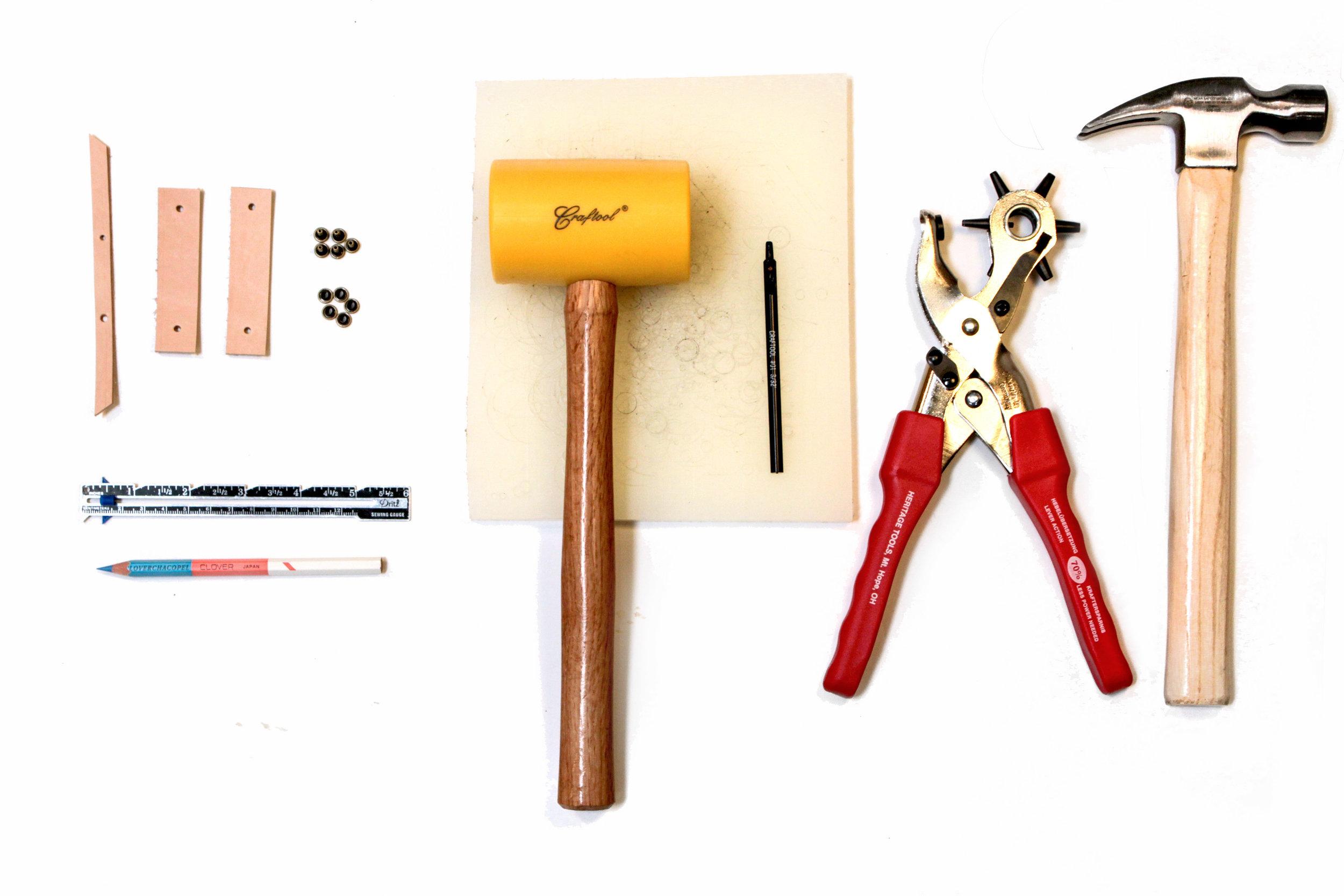 Woodland-leather-tool-1.jpg