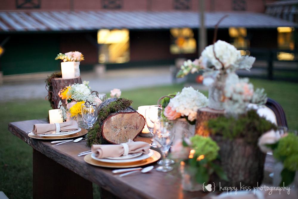 Creme de le Chic Events, Happy Kiss Photography, Atlanta GA #cremedelechic #atlantawedding #rusticwedding