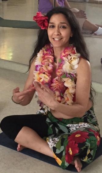 Bina bora, hawaiian hula